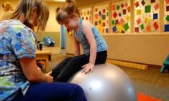 Ilustrasi terapi cerebral palsy